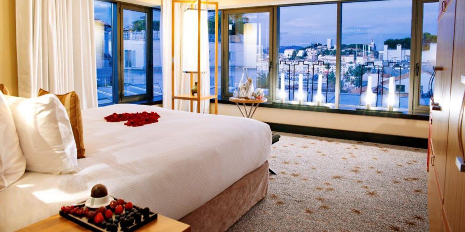 Hotel-anjou.com